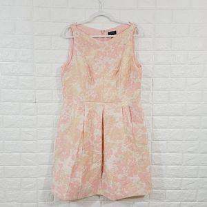 TAHARI BABY PINK METALLIC COCKTAIL DRESS.Size 16